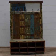 Drewniany regał z wieszakami 180x119