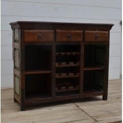 Kolonialny drewniany bar 104x139