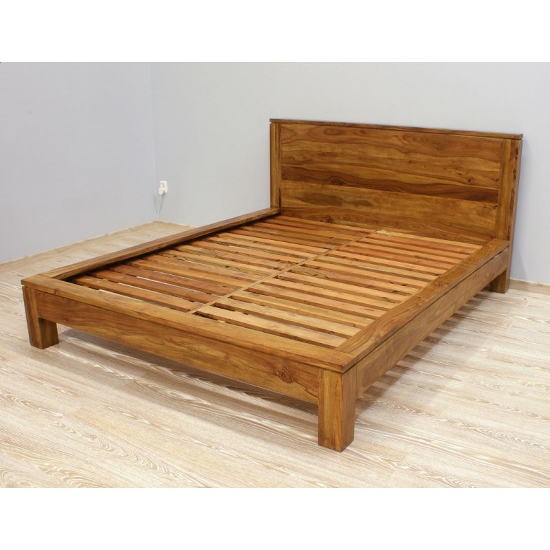 Kolonialne drewniane łóżko 160x200