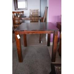 Klasyczny drewniany stół 76x80x80